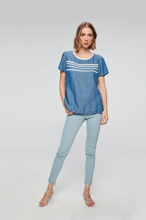 Camiseta-Jeans-Azul-Royal-com-Listras-Detalhe-1--