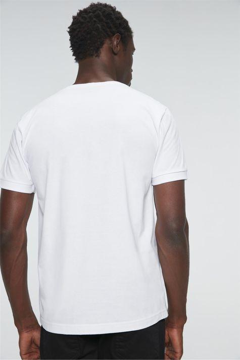 Camiseta-Estampa-Va-em-Frente-Masculina-Costas--
