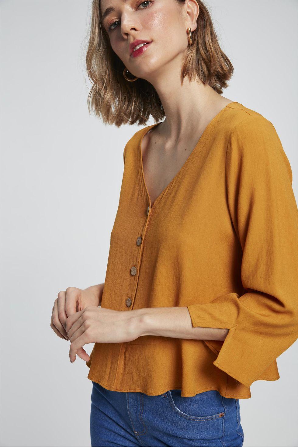 Camisa-Solta-com-Babado-Feminina-Frente--