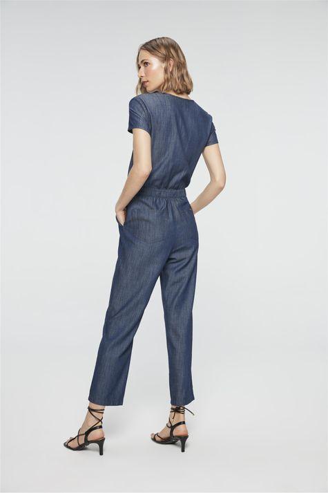 Macacao-Jeans-com-Recorte-na-Cintura-Detalhe--