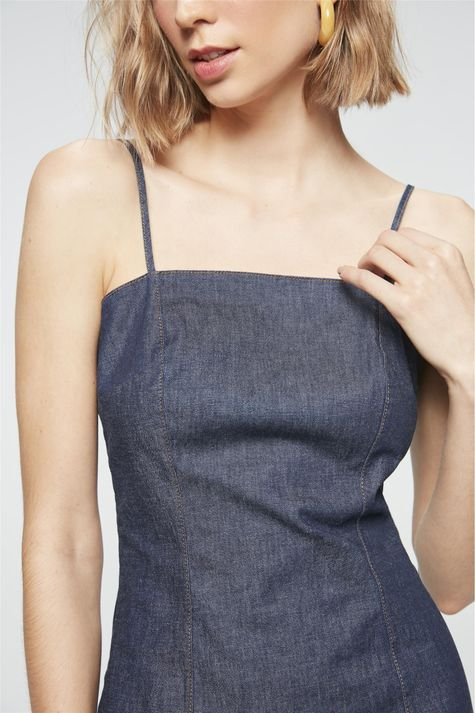 Vestido-Jeans-Mini-com-Fendas-Detalhe--