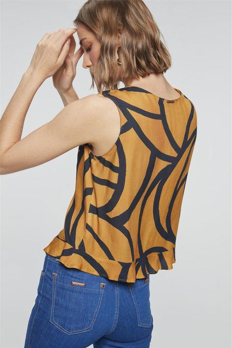 Blusa-Boxy-com-Estampa-Geometrica-Costas--