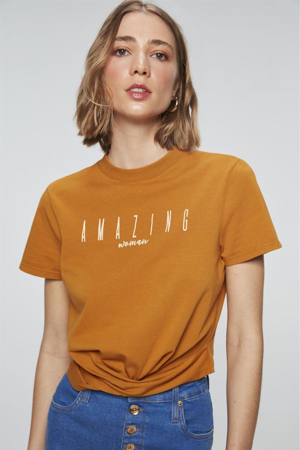 Camiseta-Cropped-com-Estampa-Amazing-Frente--