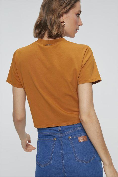 Camiseta-Cropped-com-Estampa-Amazing-Costas--