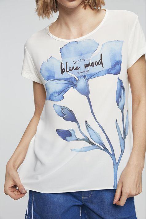Camiseta-com-Estampa-Blue-Mood-Detalhe--