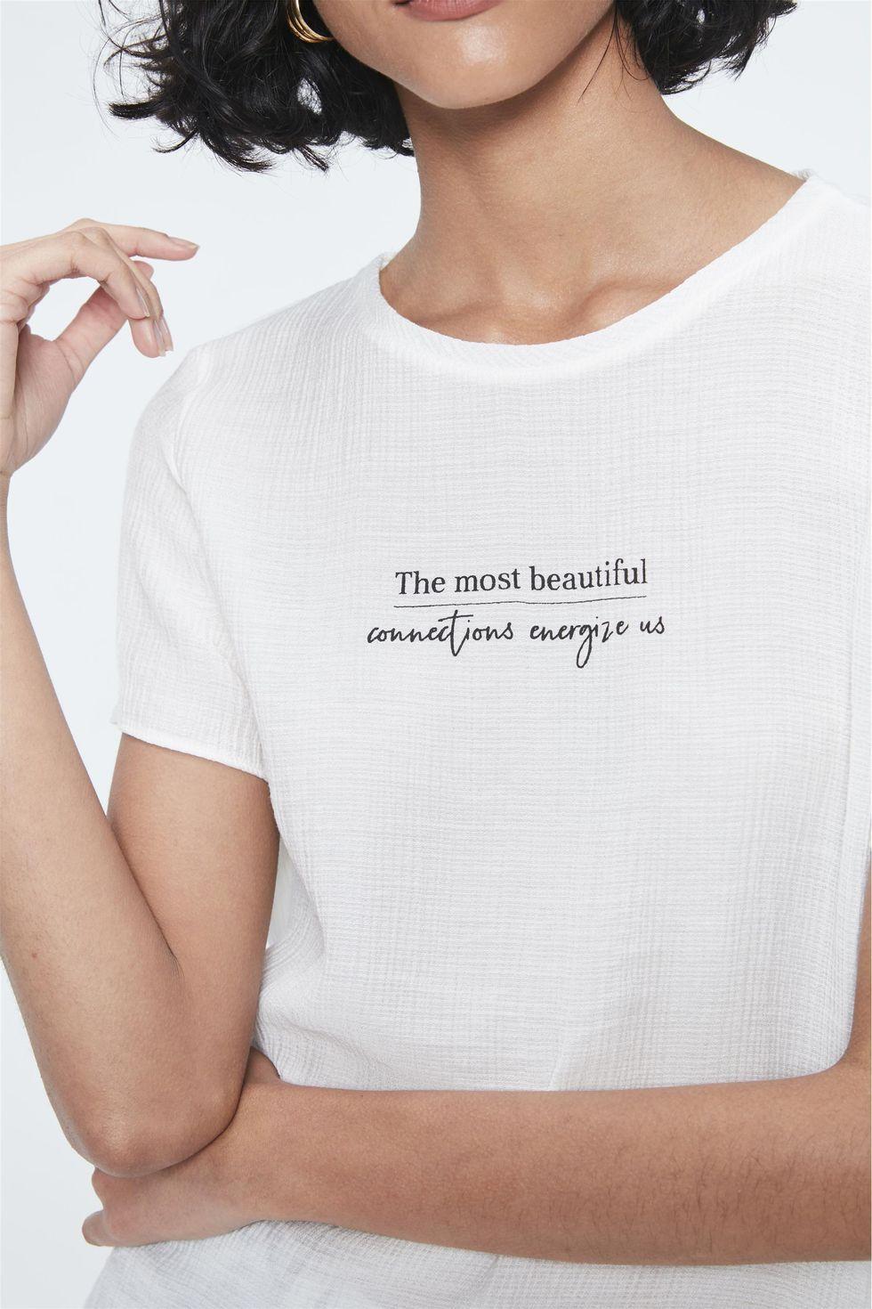 Camiseta-com-Estampa-The-Most-Beautiful-Frente--