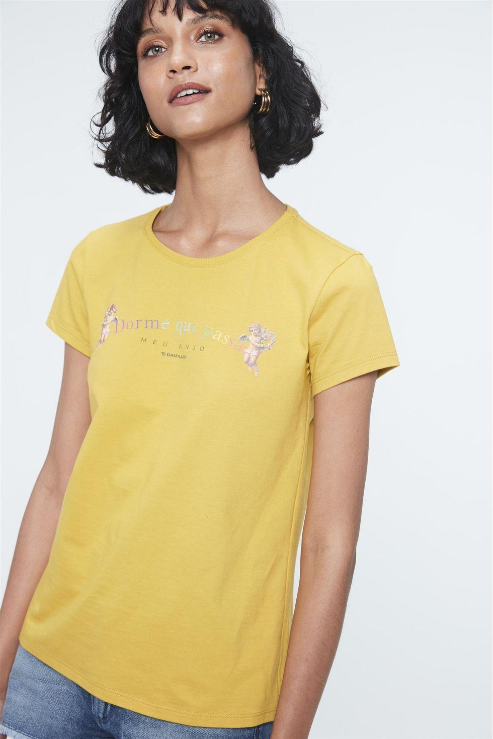 Camiseta-com-Estampa-Dorme-que-Passa-Frente--