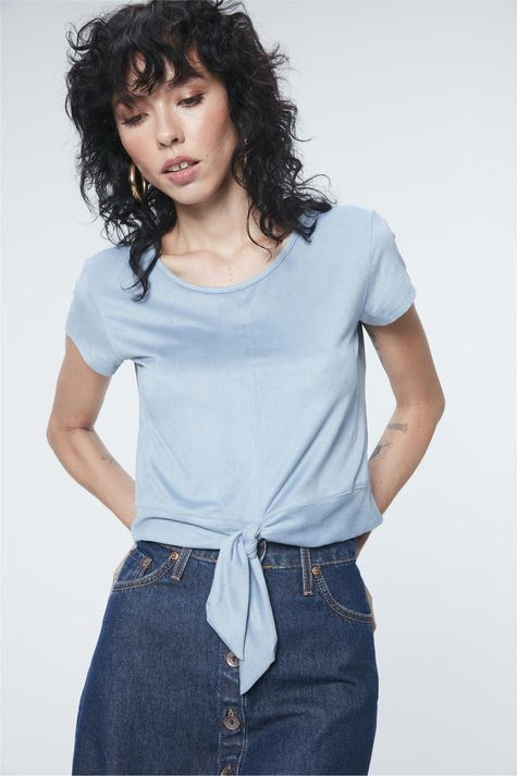 Camiseta-com-Amarracao-na-Barra-de-Suede-Frente--