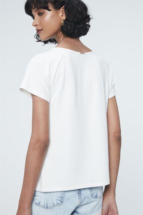Camiseta-de-Suede-com-Estampa-Determines-Costas--