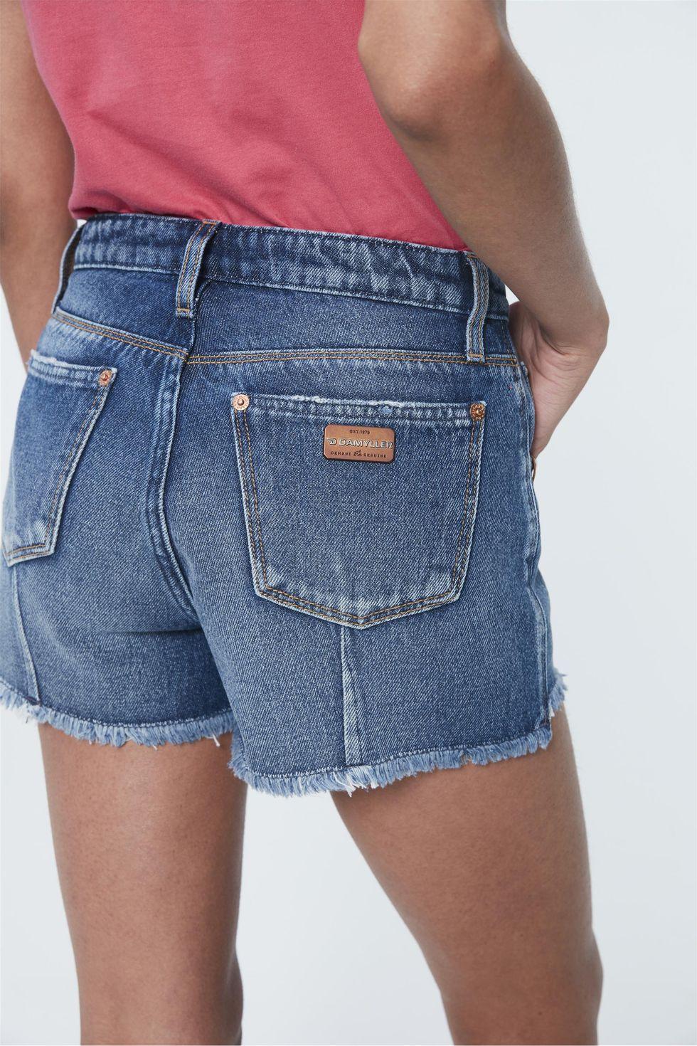 Short-Jeans-Mini-de-Cintura-Alta-Solto-Detalhe--