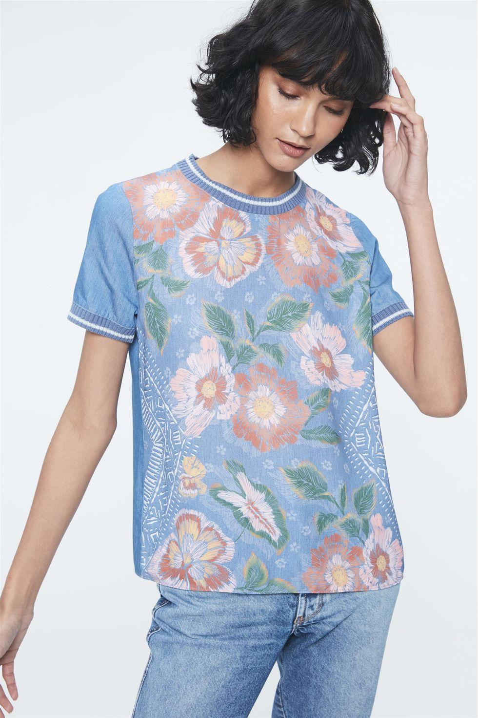 Blusa-Jeans-com-Estampa-Floral-e-Ribanas-Frente--