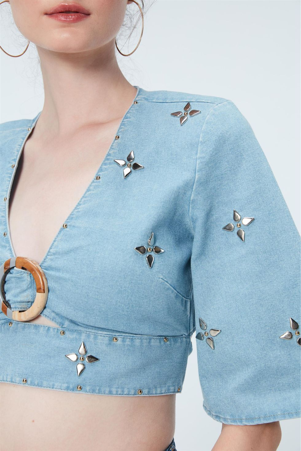 Blusa-Cropped-Jeans-com-Tachas-Recollect-Frente--