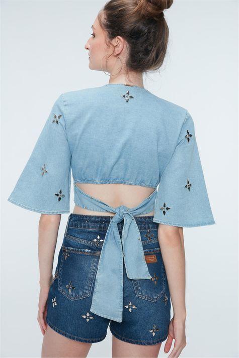 Blusa-Cropped-Jeans-com-Tachas-Recollect-Detalhe--