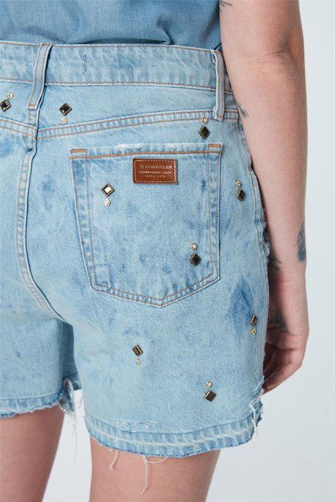 Short-Jeans-Solto-com-Tachas-Recollect-Detalhe-1--