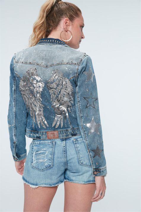 Jaqueta-Jeans-com-Tachas-Recollect-Detalhe--