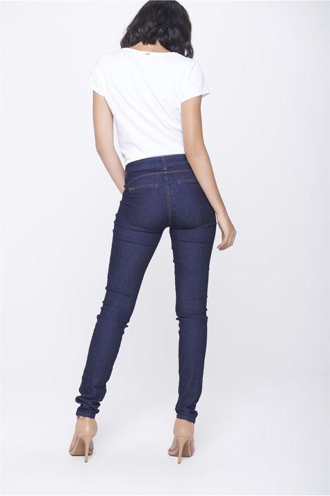 Calca-Jegging-Jeans-com-Bolsos-Embutidos-Costas--
