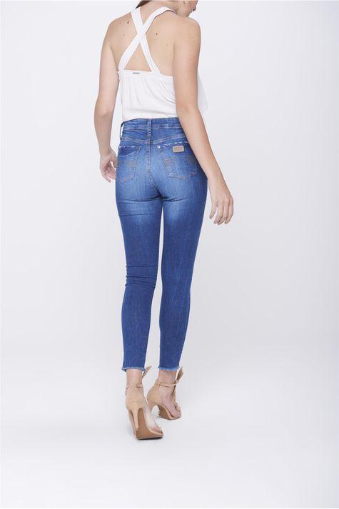 Calca-Jeans-Cropped-Destroyed-Feminina-Costas--
