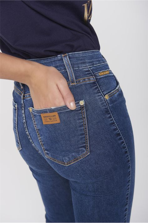 Calca-Cropped-Jeans-Patch-Cintura-Alta-Detalhe--
