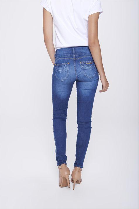 Calca-Jegging-Jeans-com-Cos-Largo-Costas--