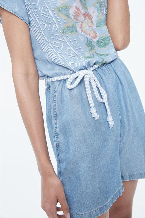 Macacao-Jeans-Curto-com-Estampa-Floral-Detalhe--