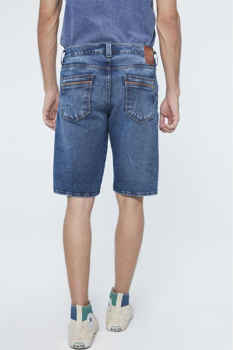 Bermuda-Jeans-Escuro-Skinny-Masculina-Detalhe--