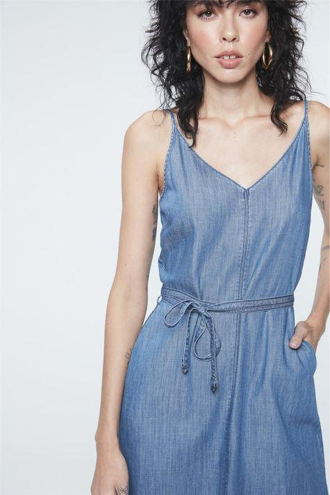 Vestido-Jeans-Midi-com-Fenda-e-Amarracao-Frente--