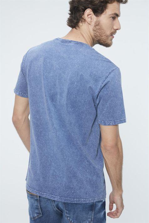 Camiseta-Estonada-Basica-Masculina-Detalhe--