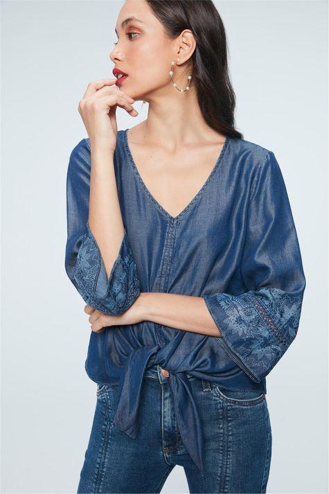 Blusa-Jeans-Amarracao-e-Estampa-Etnica-Frente--