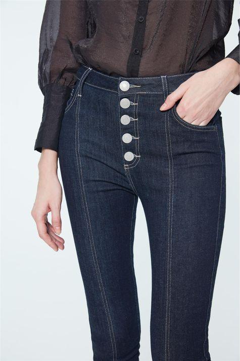 Calca-Jeans-Cropped-Cintura-Super-Alta-Detalhe-2--