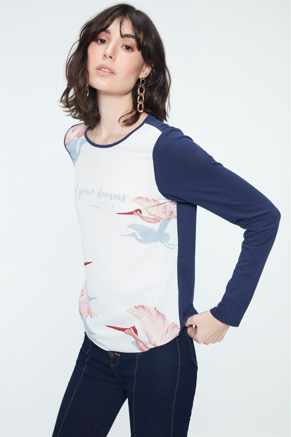 Blusa-com-Estampa-Let-Your-Dreams-Frente--