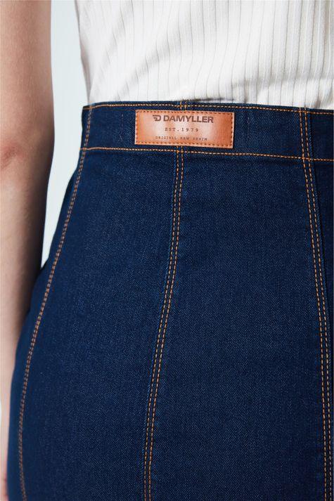 Saia-Jeans-Media-com-Botoes-Detalhe-1--