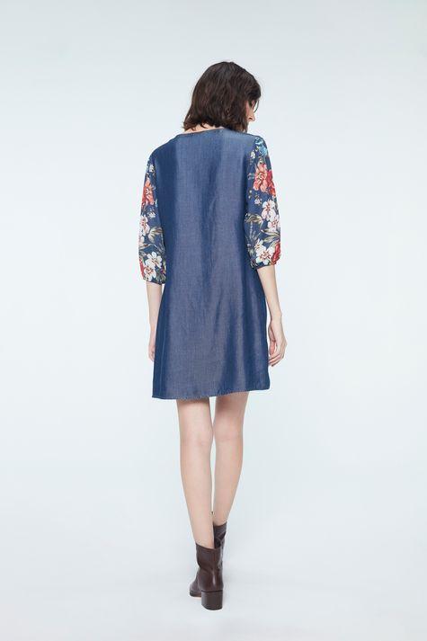 Vestido-Medio-Jeans-com-Estampa-Floral-Costas--
