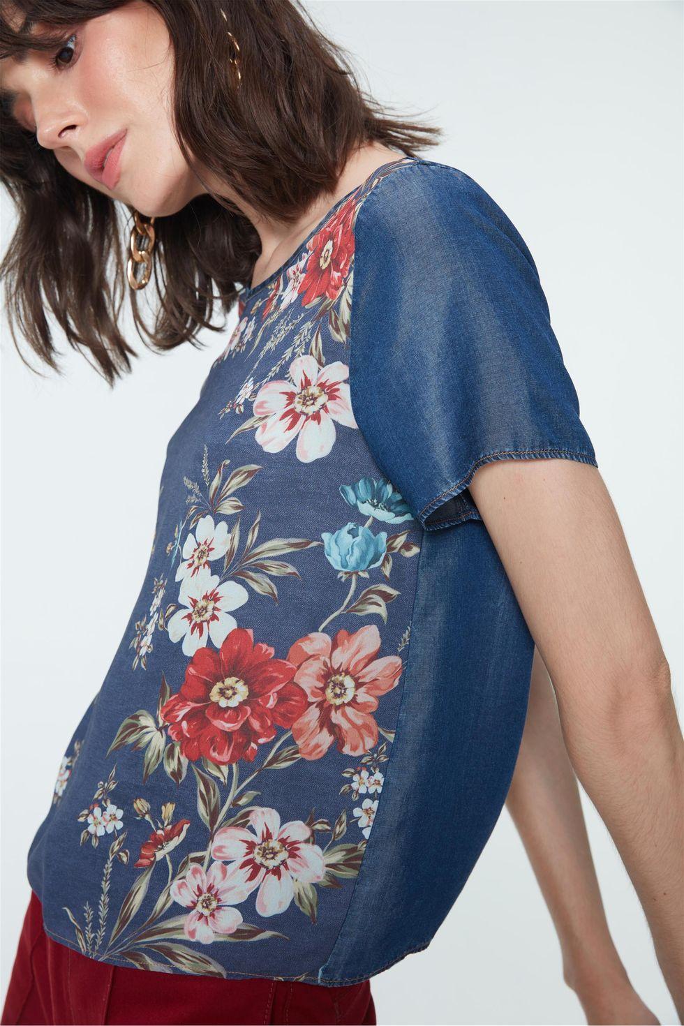 Blusa-Boxy-Jeans-com-Estampa-Floral-Frente--
