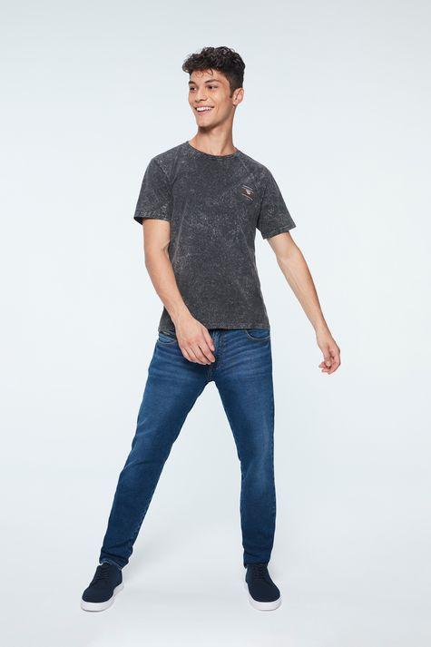 Camiseta-Estonada-Basica-Masculina-Detalhe-1--
