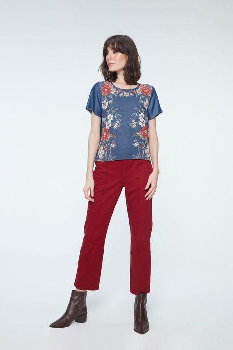 Blusa-Boxy-Jeans-com-Estampa-Floral-Detalhe-1--