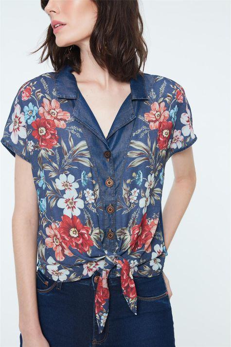 Camisa-de-Manga-Curta-Jeans-Estampada-Detalhe--