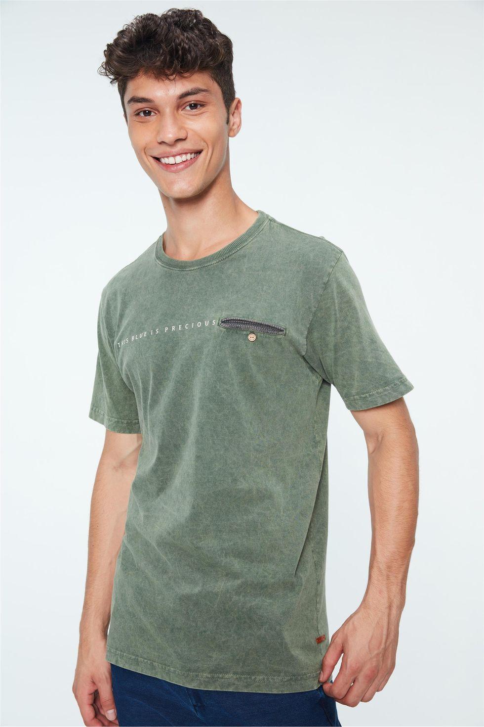 Camiseta-Tingida-com-Bolso-Masculina-Frente--