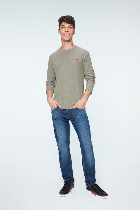 Camiseta-Manga-Longa-de-Trico-Masculina-Detalhe-1--