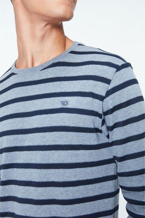 Camiseta-Manga-Longa-Listrada-Masculina-Detalhe--