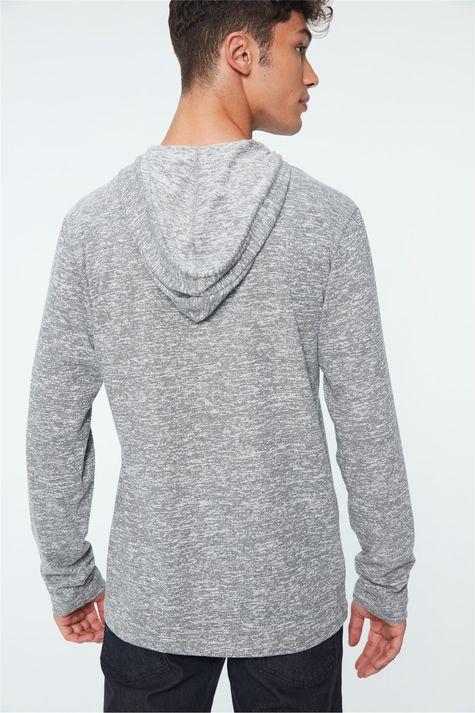 Camiseta-com-Capuz-Manga-Longa-Masculina-Costas--