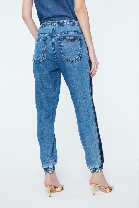 Calca-Jeans-Jogger-com-Recortes-Feminina-Costas--