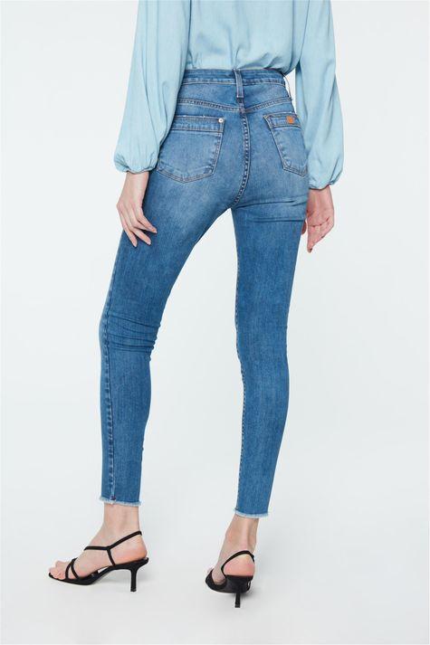 Calca-Jeans-Azul-Claro-Jegging-Cropped-Costas--