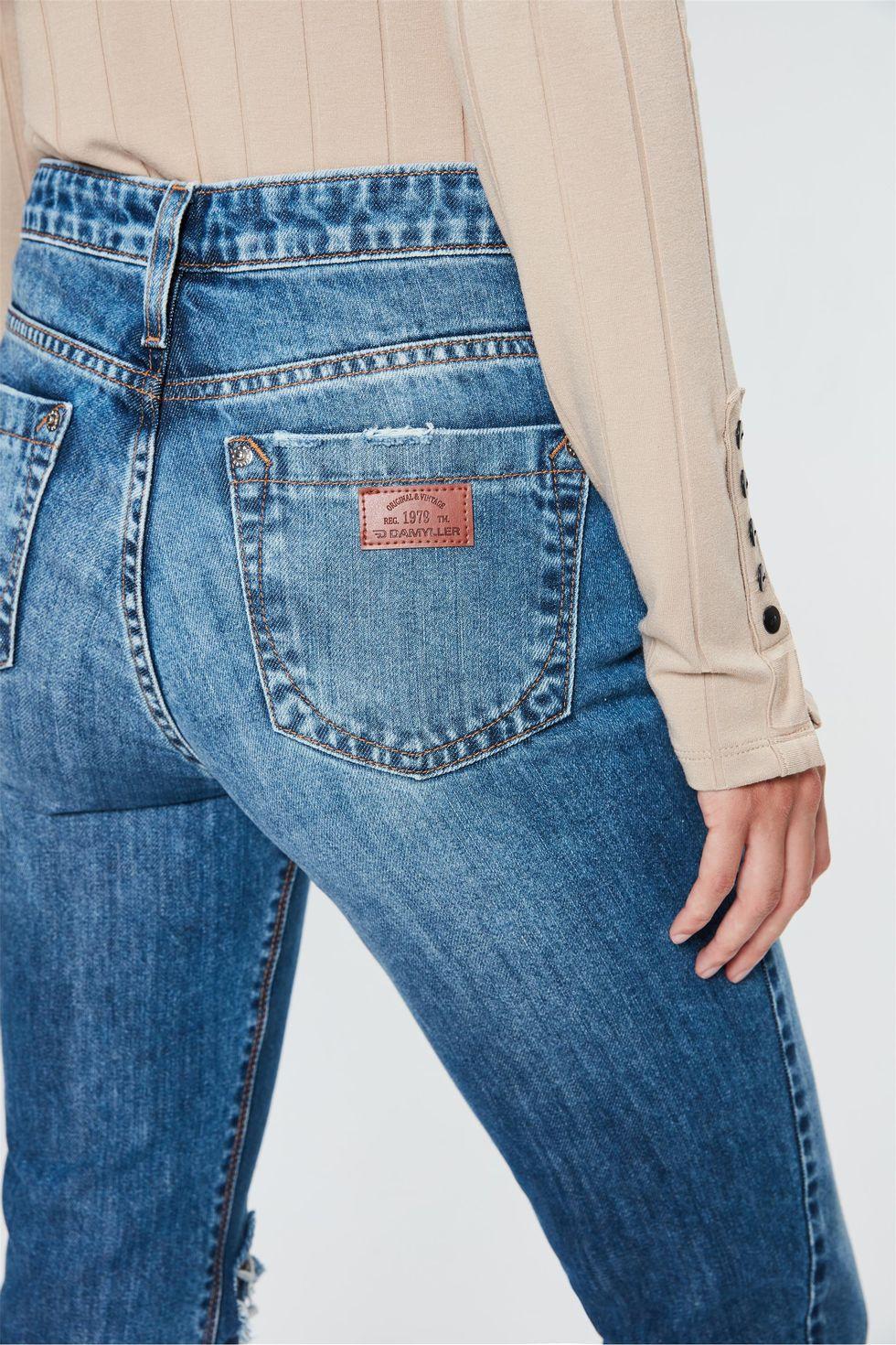 Calca-Jeans-Reta-Cintura-Alta-com-Fendas-Frente--