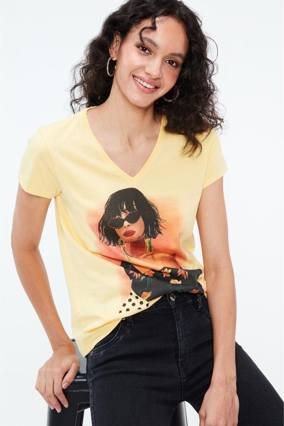 Camiseta-com-Estampa-e-Termocolantes-Frente--