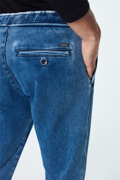 Calca-Jeans-Jogger-Masculina-Detalhe-1--