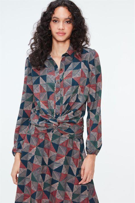 Camisa-com-Estampa-Geometrica-Feminina-Detalhe--