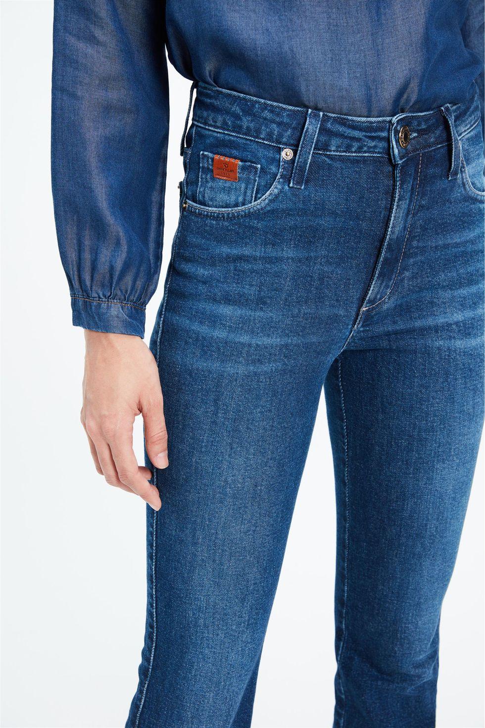 Calca-Jeans-Escuro-Boot-Cut-Cintura-Alta-Frente--