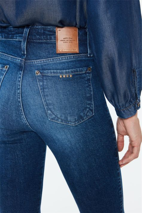 Calca-Jeans-Escuro-Boot-Cut-Cintura-Alta-Detalhe-1--