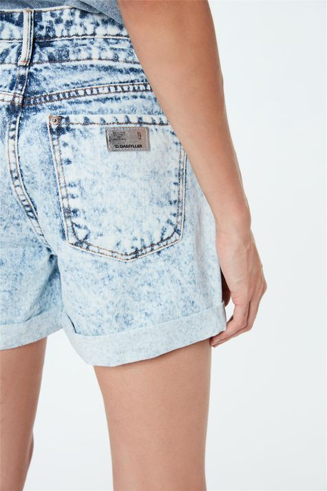 Short-Jeans-Solto-Cintura-Alta-Bleach-Detalhe-1--
