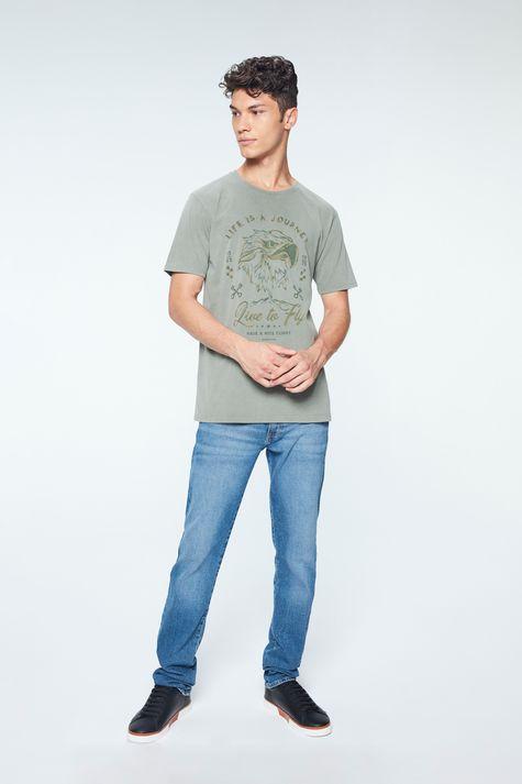Camiseta-com-Estampa-Life-is-a-Journey-Detalhe-1--